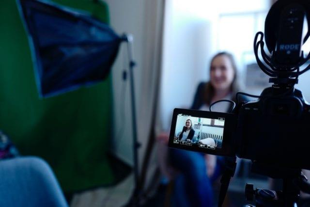 decluttering vlogs